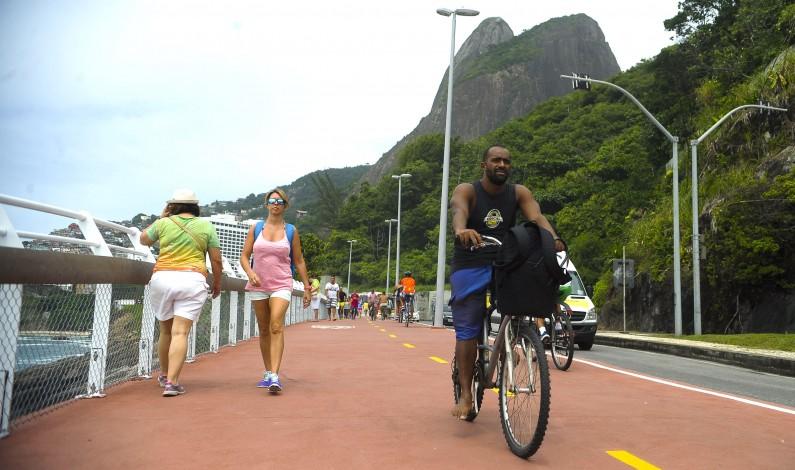A quelques mois des JO, la nouvelle piste cyclable de Rio s'effondre