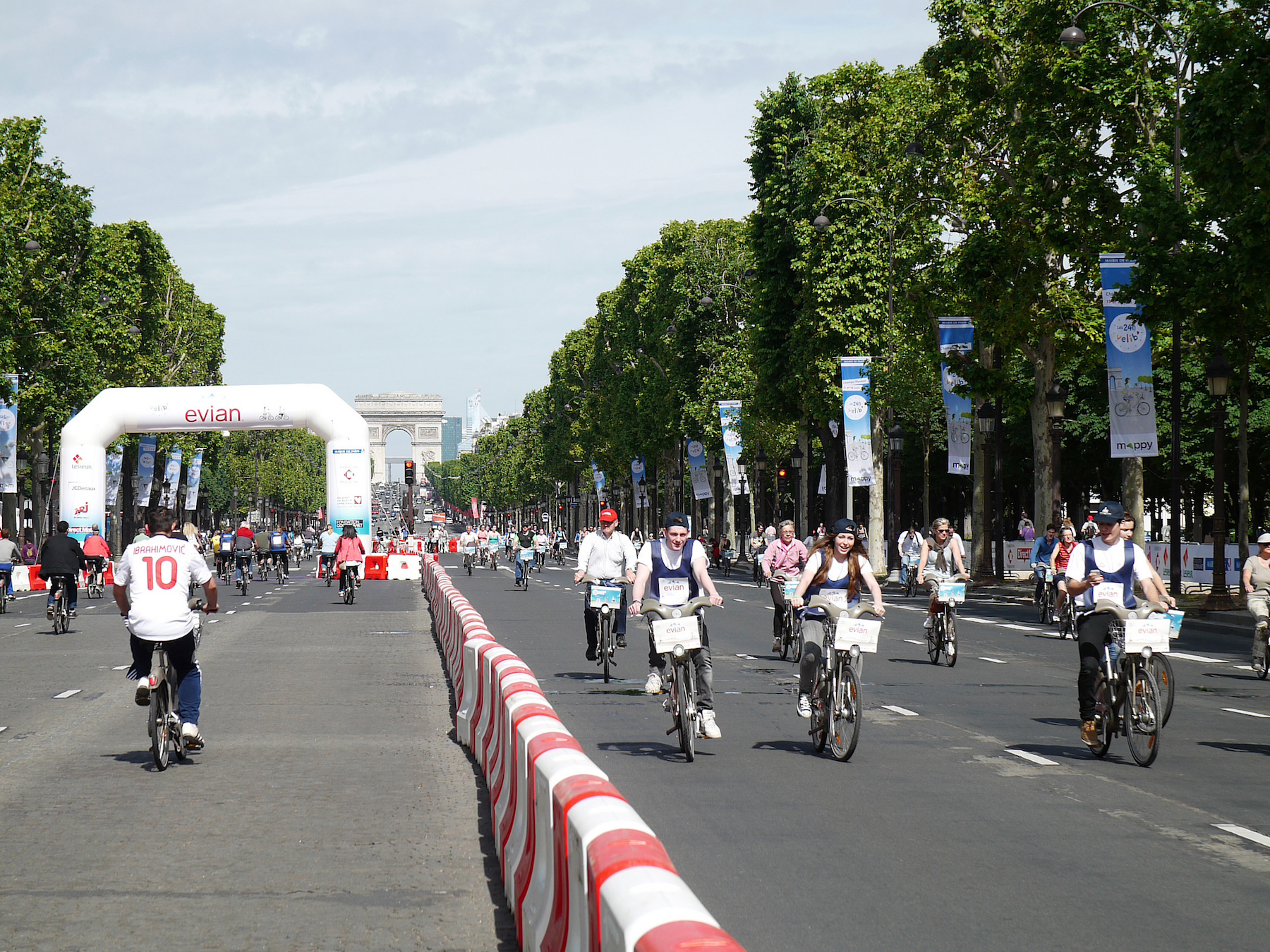 Quand la plus belle avenue se transforme en piste cyclable
