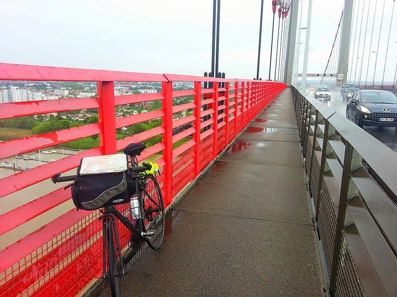 Fermeture des pistes cyclables du Pont d'Aquitaine à Bordeaux
