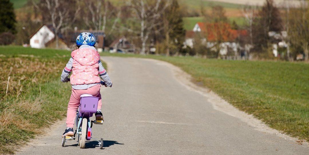 La sécurité à bicyclette, vélo et autres trucs à roulettes